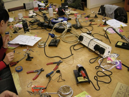 Circuit Bending 101 hosted by Nottinghack